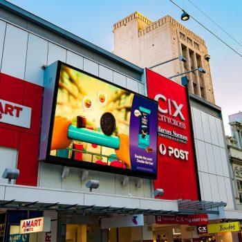 Sự dụng màn hình led để quảng bá cửa hàng